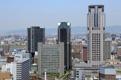 中津方面の超高層ビル群