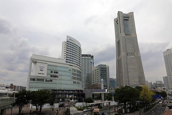 YOKOHAMA AIR CABIN 桜木町駅前停留所