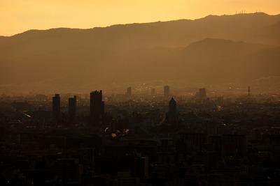梅田スカイビルから尼崎方面の夕景
