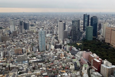 東京オペラシティタワーから見た西新宿