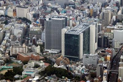 東新宿駅直結「新宿イーストサイド」の空撮!