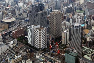 なんばの超高層ビル群の空撮