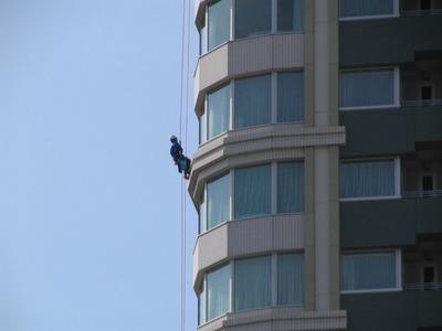 「シティタワー大崎ステーションフロント」の窓拭き