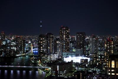 勝どきビュータワーからスカイツリー方面の夜景