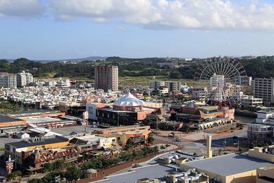 ザ・ビーチタワー沖縄から見た北谷アメリカンビレッジ