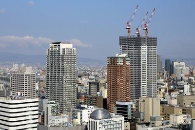 大阪ひびきの街 ザ・サンクタスタワー方面