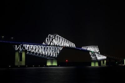 東京五輪開催記念特別ライトアップ 東京ゲートブリッジ