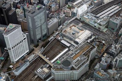新宿駅新南口ビル(仮称)の建設地の空撮