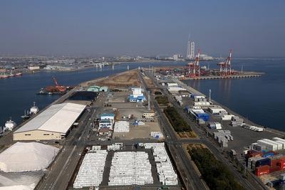 四日市港ポートビルからの眺め