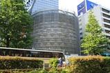 コクーンタワー隣の球体ホール