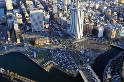 横浜ランドマークタワーから見た北仲通北地区再開発計画