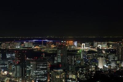 六本木ヒルズから東京ゲートブリッジ・レインボーブリッジ方面の夜景