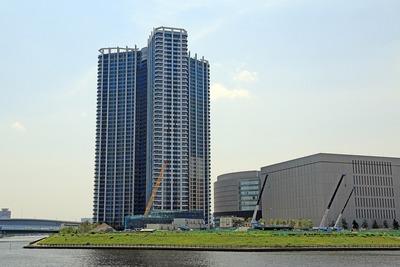 スカイズタワー&ガーデン(SKYZ TOWER & GARDEN)