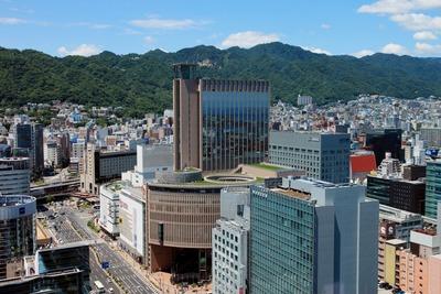 神戸市役所から見たシティタワー神戸三宮