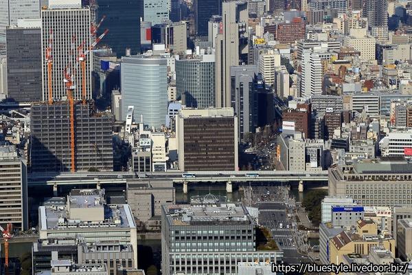 大阪三菱ビルの空撮