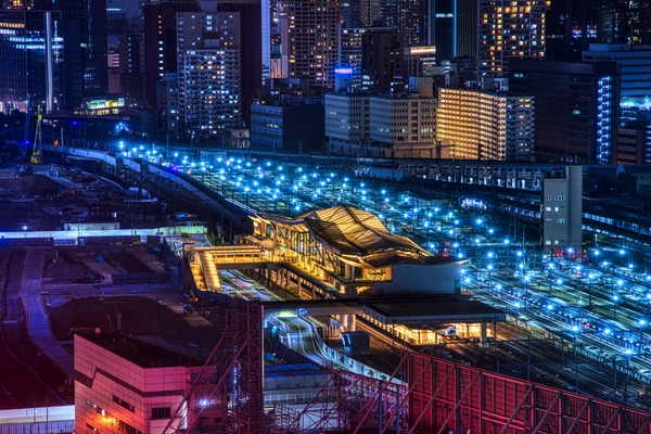 SHINAGAWA GOOS(シナガワ グース)から見た高輪ゲートウェイ駅