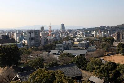 熊本城から熊本駅方面の眺め