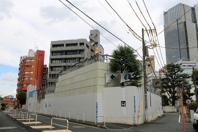 解体中の乃木坂ナショナルコート