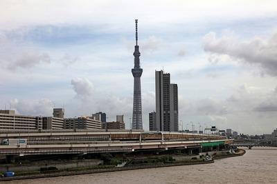 汐入タワーから見た東京スカイツリー
