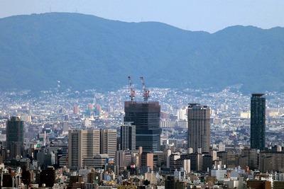 コスモタワーから見た「あべのハルカス」