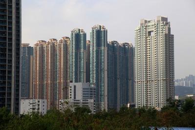 香港の超高層マンション群