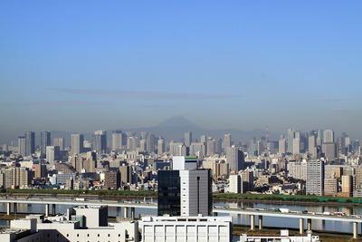 富士山と東京超高層ビル群