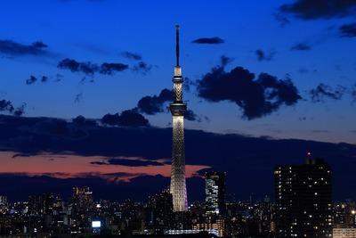 トワイライトタイムの東京スカイツリー