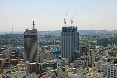 仙台アエルから見た仙台トラストシティ