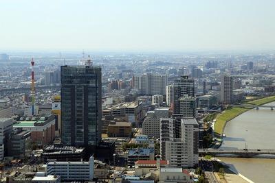 万代島ビル(朱鷺メッセ)からの眺め