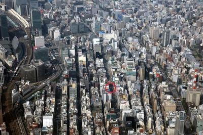 日本一地価の高い鳩居堂前の空撮