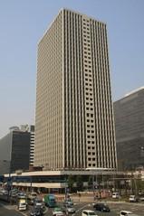 大阪駅前第三ビル