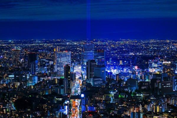 渋谷スクランブルスクエア方面の夜景