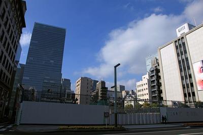 京橋トラストタワー