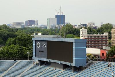 国立競技場の電光掲示板