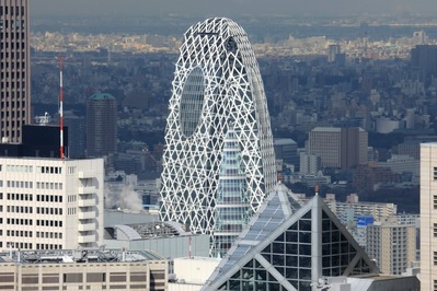 東京オペラシティからモード学園コクーンタワー
