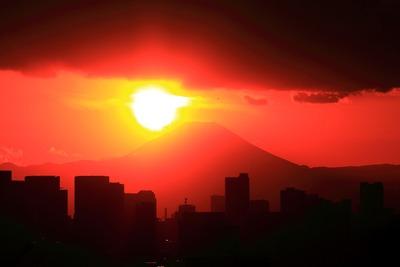 日没直前の富士山