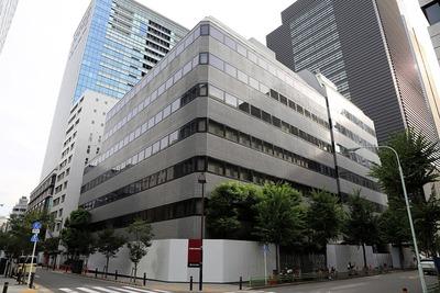 タケダ本町ビルとヤマト科学ビルディング