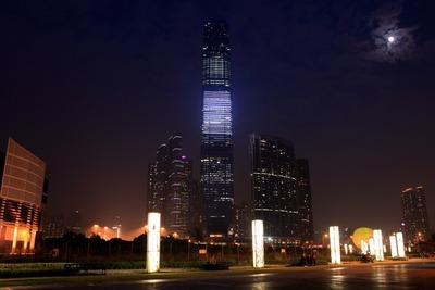 西九龍海濱長廊から見たICC方面の超高層ビル群