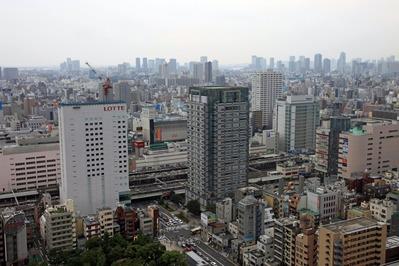 ブリリアタワー東京のビューラウンジからの眺め