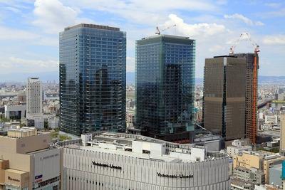 阪急グランドビルから見たグランフロント大阪