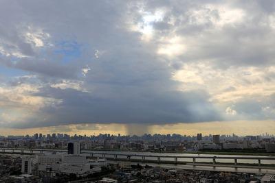 東京方面でゲリラ豪雨