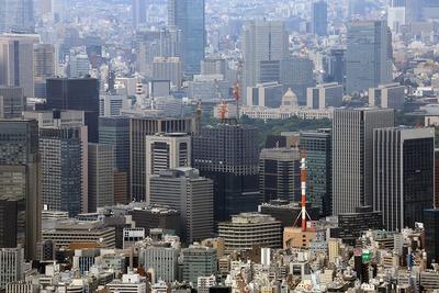 東京スカイツリーの天望回廊から見た東京駅方面の超高層ビル群