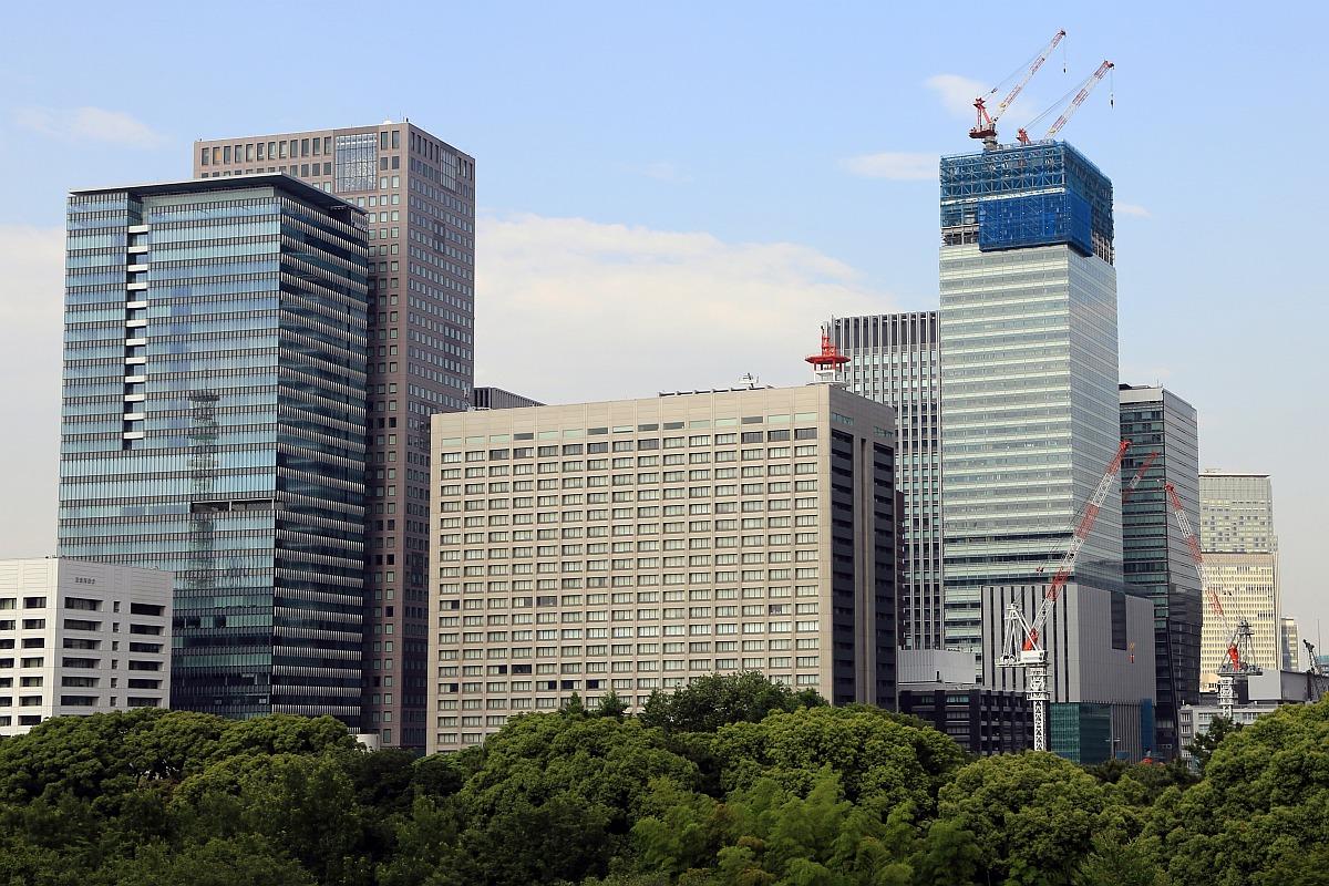 三井物産ビル 皇居にある展望台から見た「三井物産ビル」です。 まだ物件概要は発表にな... 大手