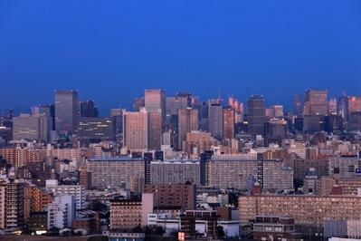 夜明けの東京