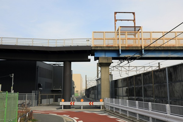 羽沢歩道橋