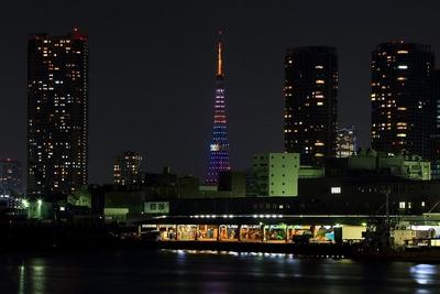 勝どきから見た東京タワーの2020五輪誘致特別ライトアップ