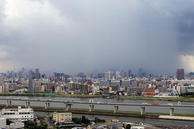 東京都心を襲うゲリラ豪雨