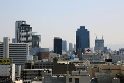 グランフロント大阪 北館のテラスから茶屋町方面の眺め
