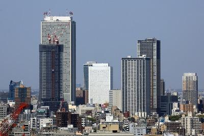 新宿から見た池袋の超高層ビル群