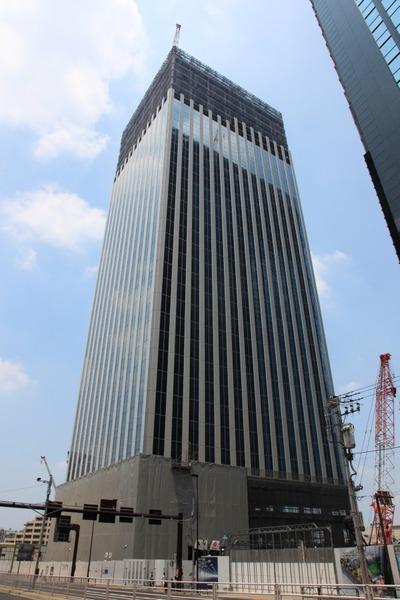 北新宿地区の再開発ビル